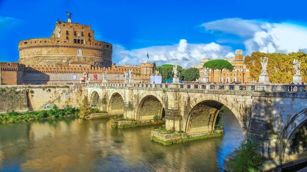 Andělský hrad a Andělský most
