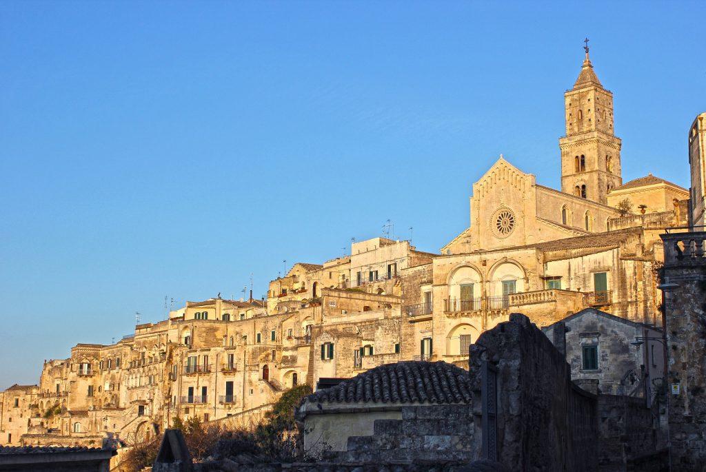 Matera - katedrála se zvonicí