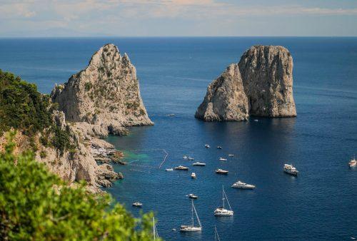 Capri - skaliska Faraglioni