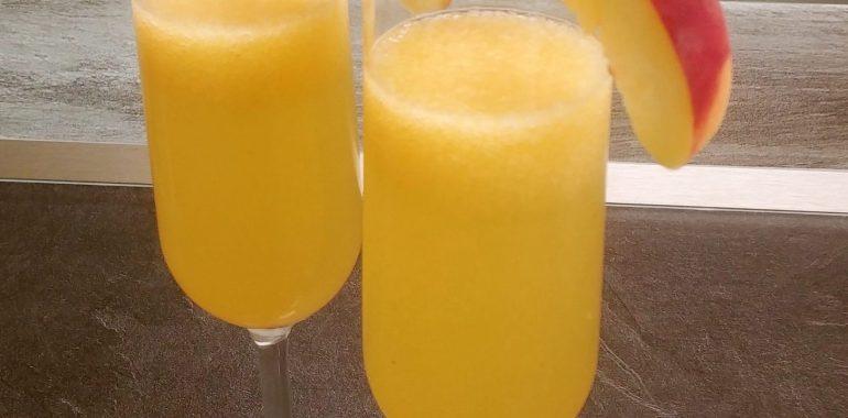 Bellini - letní osvěžující koktejl